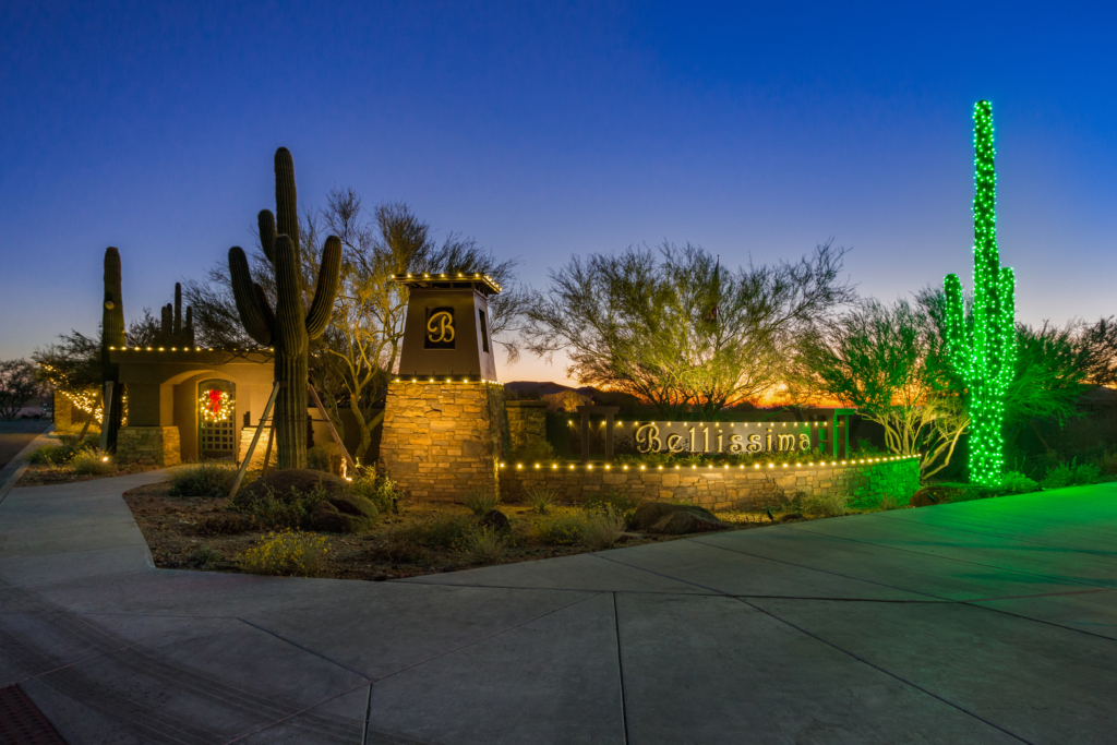 Cave Creek, AZ – Commercial Holiday Lighting